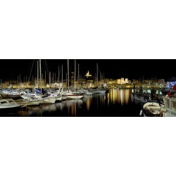 Marseille by night